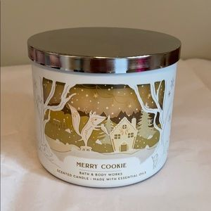 Bath & Body Merry Cookie Candle